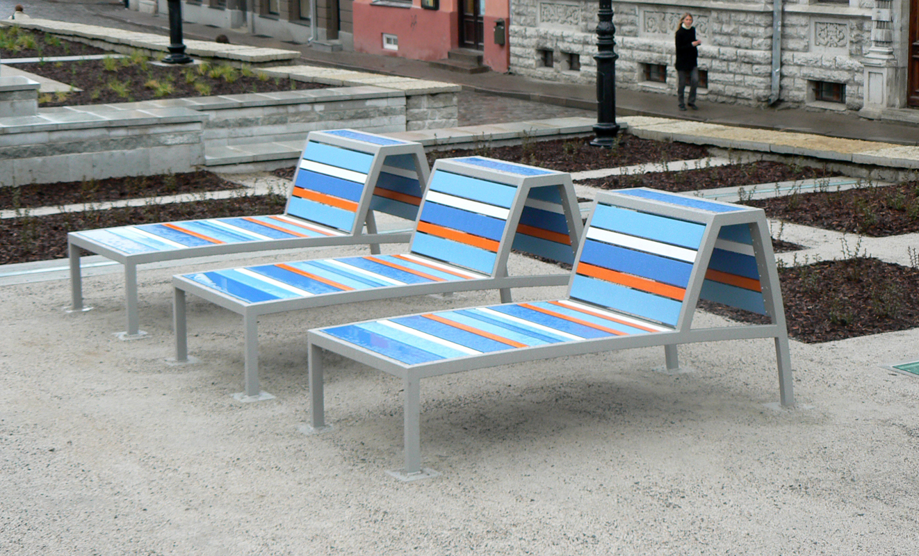 Harju-st-Benches2